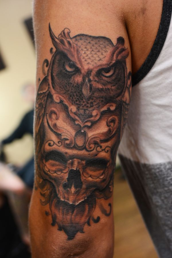 owl skull tattoo outer thigh