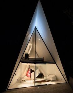 Design tent house also sur   ile de waiheke en nouvelle zelande par chris tate rh pinterest