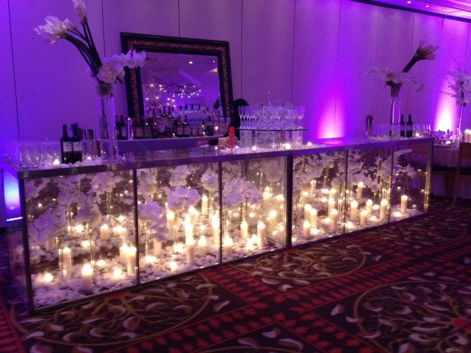 10 Ways to Set the Bar Candles and Flowers by Morrell