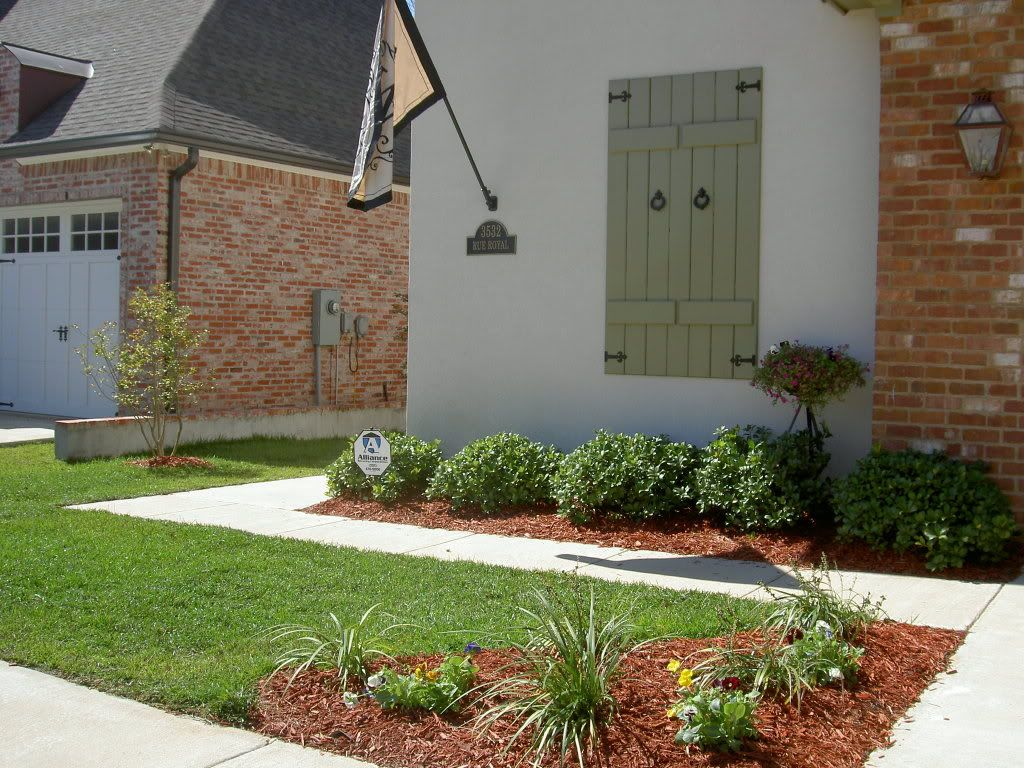Front Landscaping Photo Yard Curb Appeal Help With Curb Appeal
