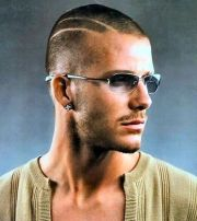 buzz cut with lines trend