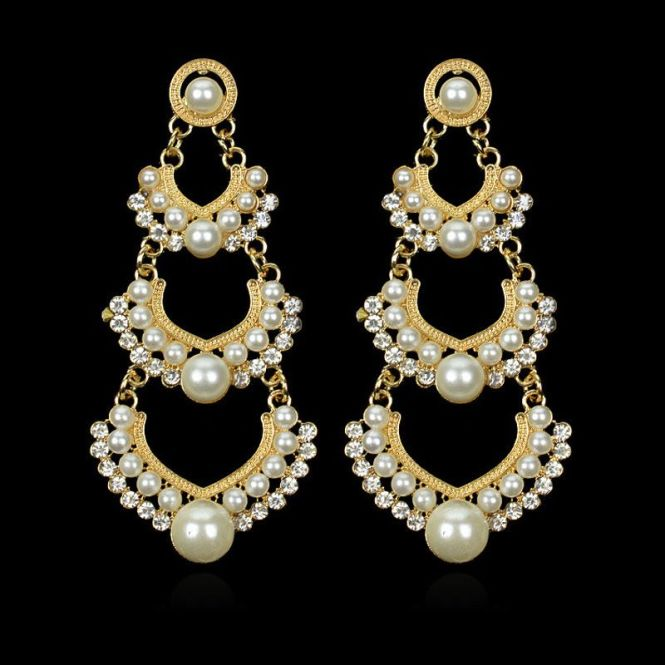 Pearl Rhinestone Tiered Earrings These 3 Chic Chandelier Are A Mix Of Boho Vintage Eras Made Gold Zinc Alloy Acrylic White