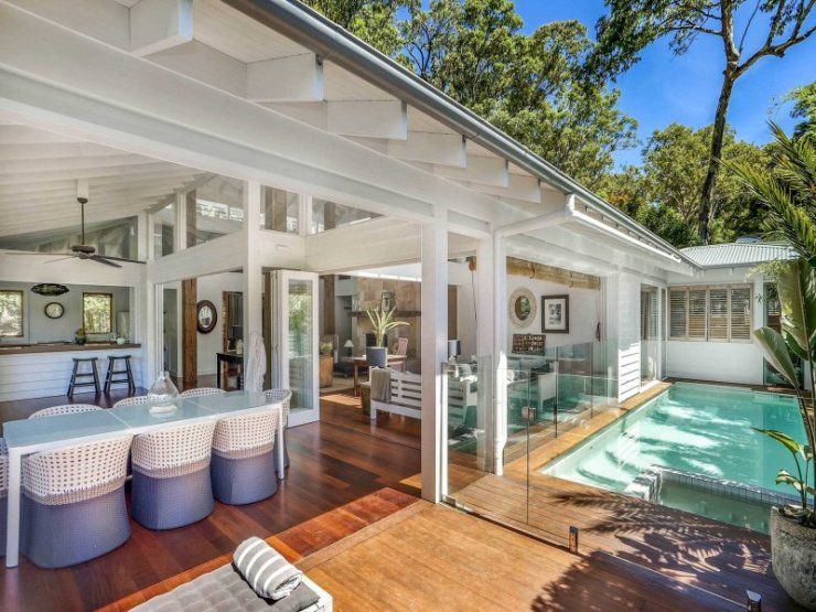 Stunning Sunday Family Beach House For Sale In Avalon NSW