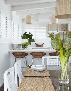 Just  touch of tropical style in white room looks absolutely beautiful great look also rh pinterest