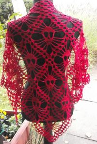 DIY Crochet Skull Shawl Free Pattern from kungen och