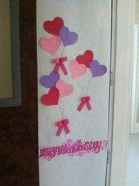 Simple Valentine's Day classroom door. | School stuff ...