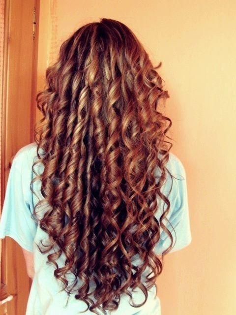 Long Banana Curls Banana Curls Haarige Und Lockige Vorbilder