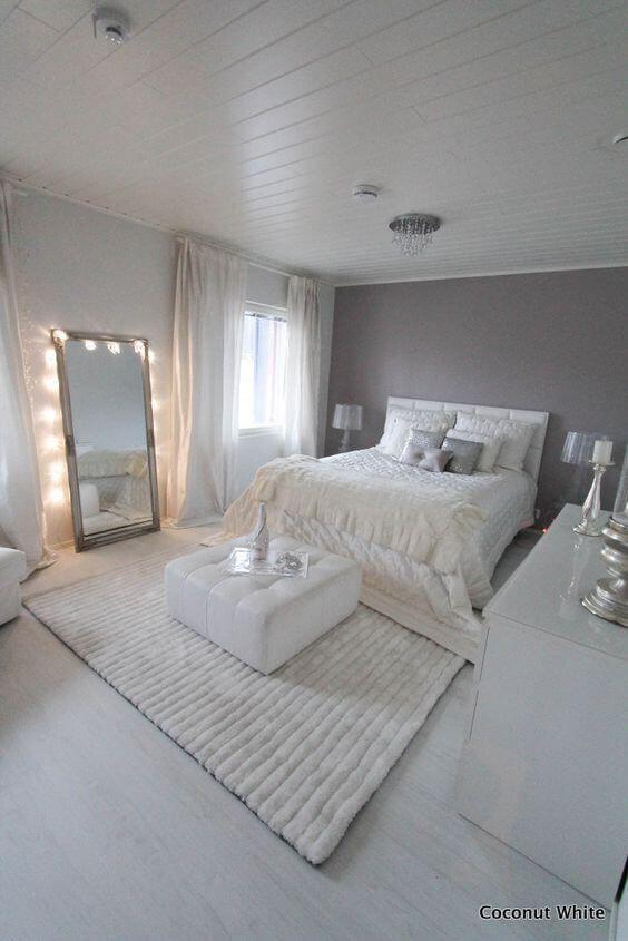 Witte slaapkamer met grijze muur  Slaapkamer  Pinterest