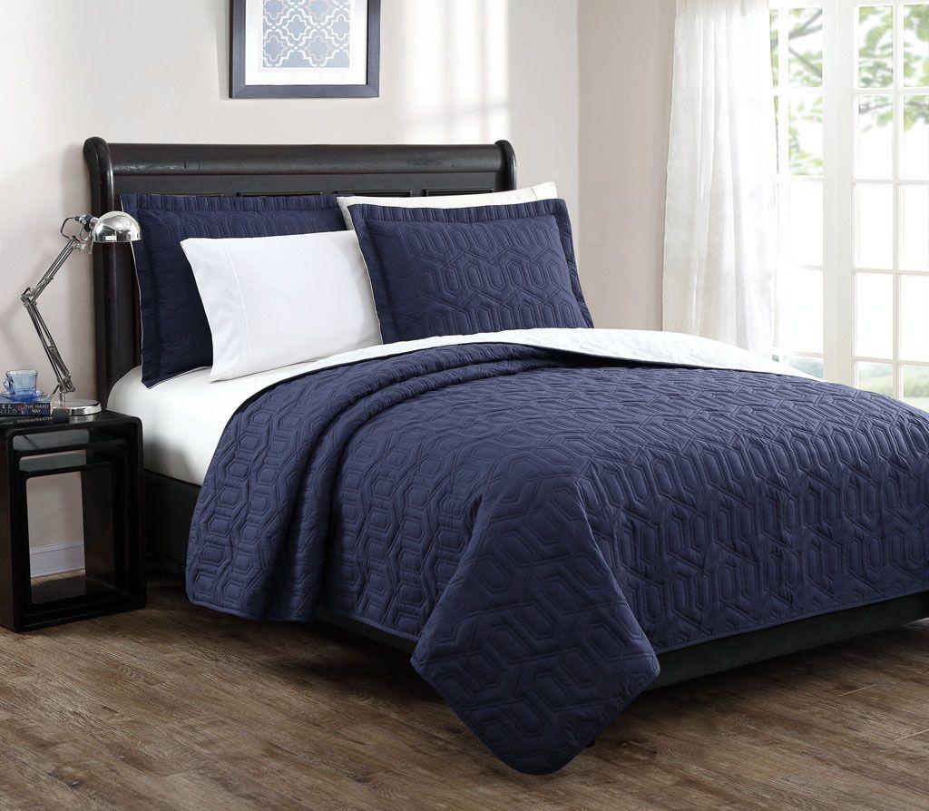 Stenson Navy/Ivory Reversible Bedspread/Quilt Set Queen