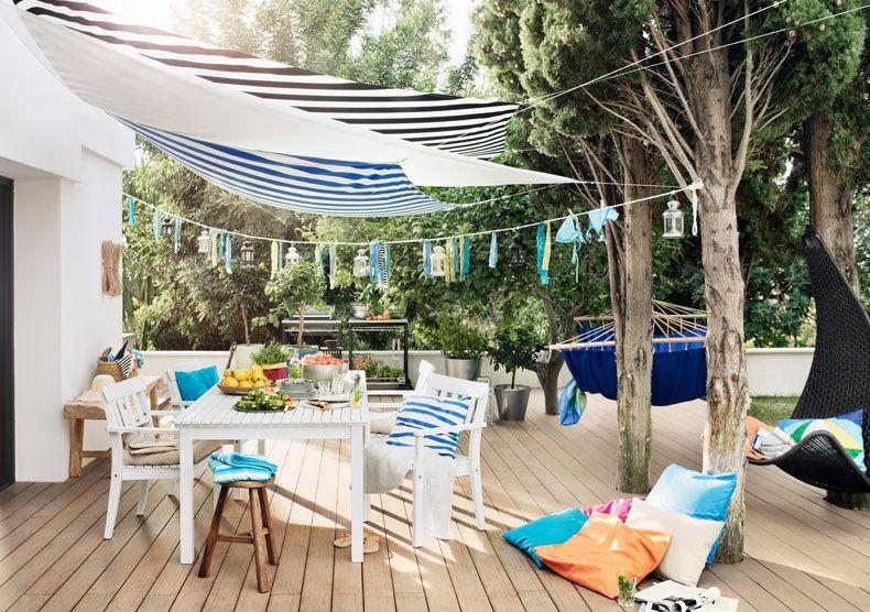 Ikea Sterreich Terrasse Mit Dyning Sonnensegel Ngs Tisch Und Stuhlen Und Granat Kissen