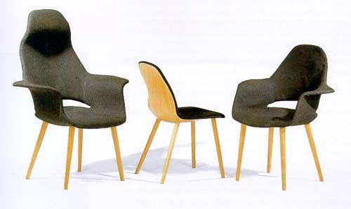 Chairs Designed By Charles Eames And Eero Saaringen For The 1940
