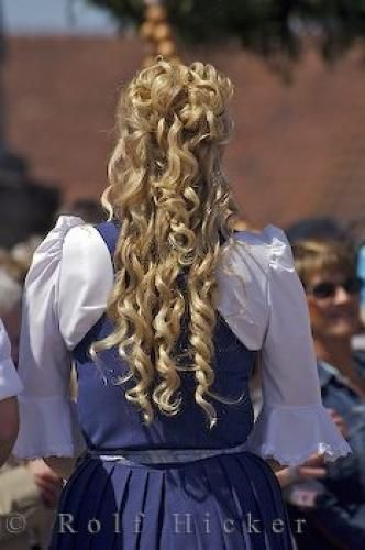 Jacque Traditional German Hairstyles Google Search Homecoming