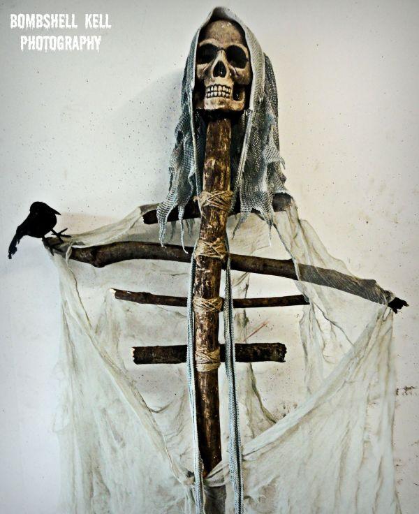 Diy Halloween Decoration Of Full Skeleton