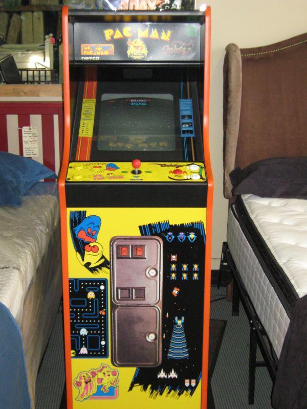 Pacman Arcade Game Cabinet 1 750