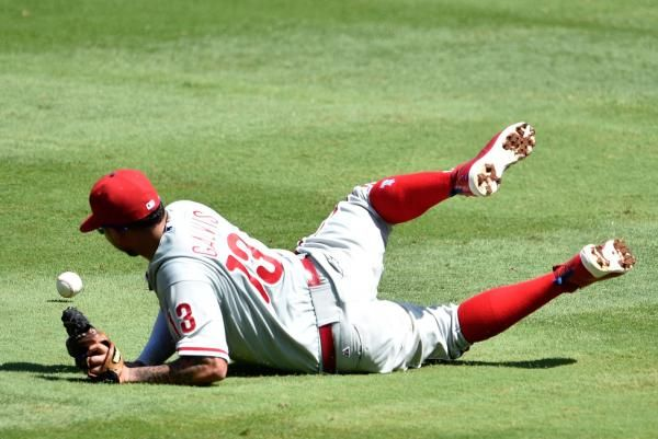 Freddy Galvis Avoids Arbitration Signs 4 35 Million Pact With