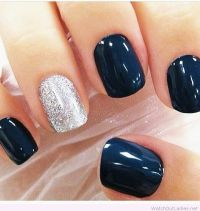 Navy and silver Christmas nail art | watchoutladies.net ...