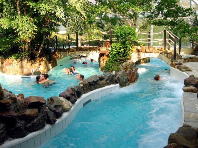 zwembad eemhof in zeewolde eemhof aqua mundo center parcs vakantie met subtropisch zwembad