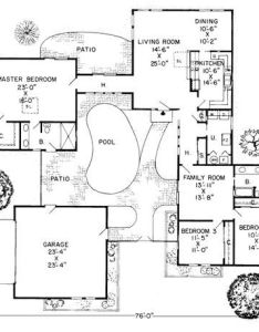 shaped house plans with central courtyard google search also images about inside outside on pinterest small rh
