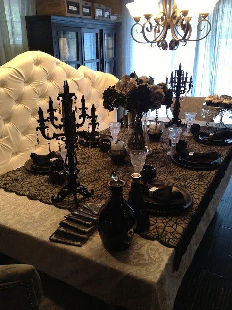 Elegant Halloween Tablescaping Halloween Table Décor Ideas Black