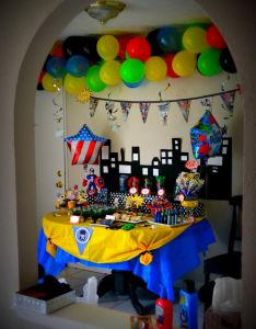 Table cloth sheek shindigs real parties  superhero birthday party also boy pinterest rh