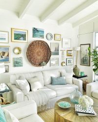 A cozy beach cottage living room with a seaside-inspired ...