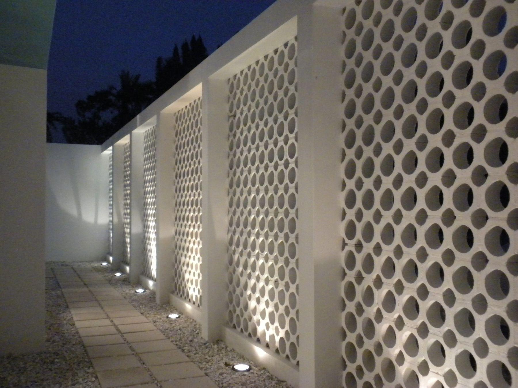 Solar Retaining Wall Lights