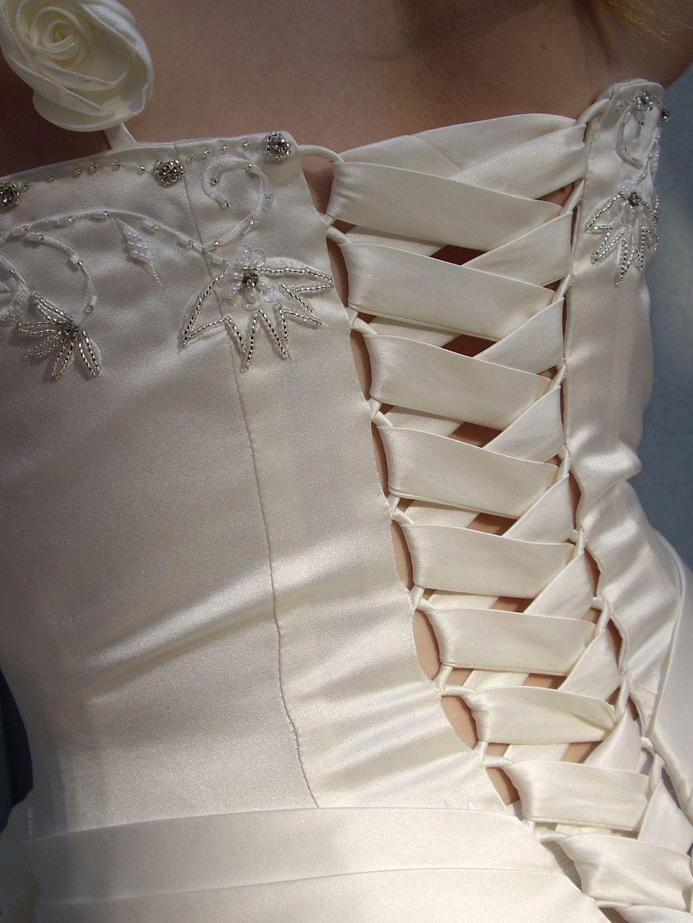 Corsage Brautkleid Schnürung Wedding Dresses I Love Pinterest