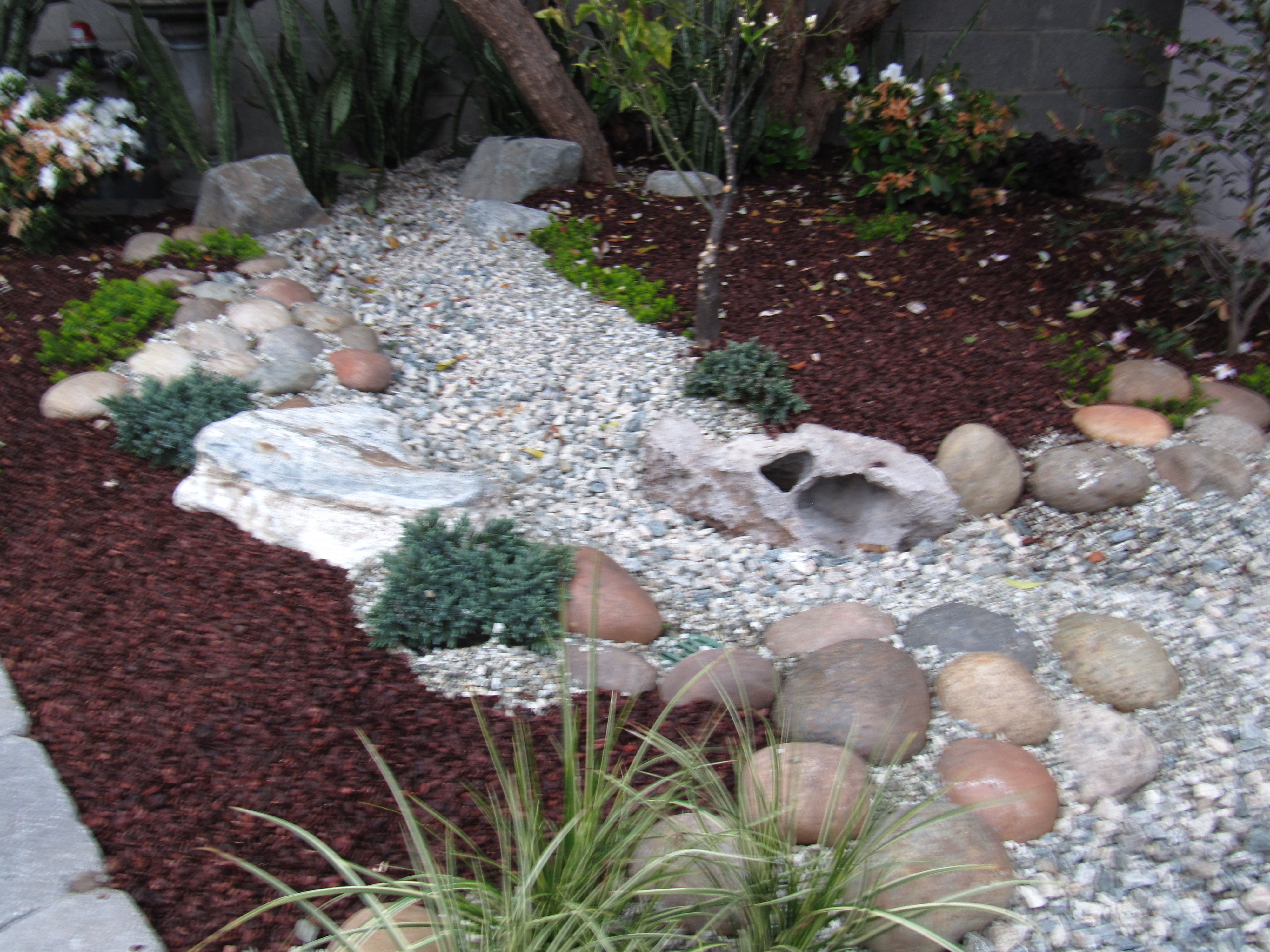 Pictures Of Yards With Dry River Beds Dry River Bed Backyard