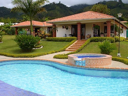 Resultado de imagen para casa campestre con piscina  2017  Pinterest  House Tiny guest house