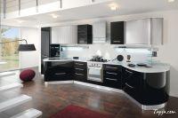Stunning Italian Modern Kitchen Design With Black Gloss ...
