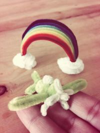 Pipe cleaner Rainbow and airplane.Pipe cleaner artist ...