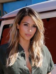 kim kardashian39s gorgeous blonde