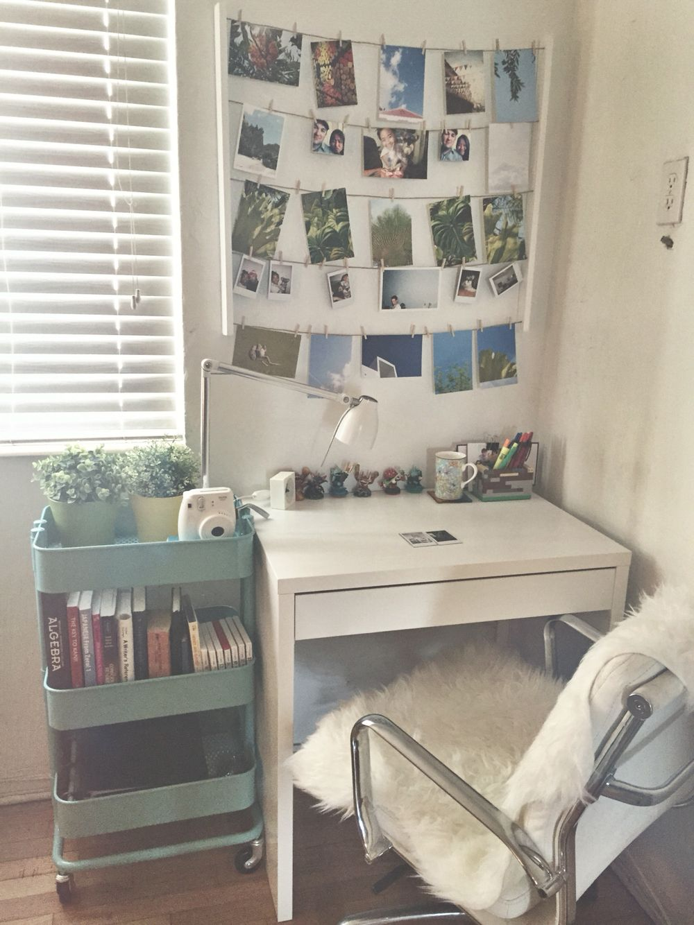 Best 25 Small Study Table Ideas On Pinterest Home Office Computer Desk Computer Desk Setup