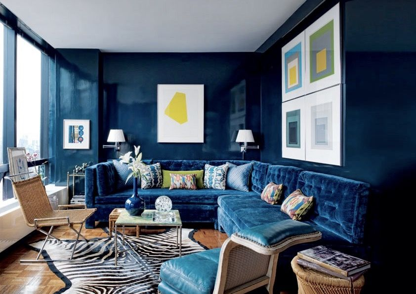 Glossy navy blue lacquer contrast so nicely against the ink velvet sectional in this new york living room by todd alexander romano also pin didu romero on home decor pinterest rh