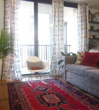 living room patterned rug and ikat curtains | Living rooms ...