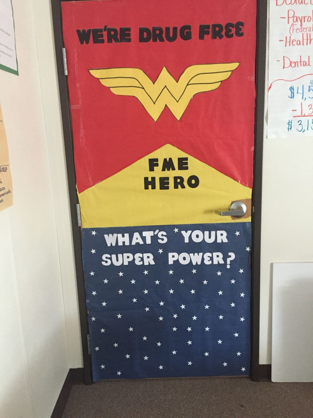 Red Ribbon Week Door contest Wonder Woman, Super Hero