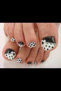 Black and white polka dot pedicure nail design | Nail ...