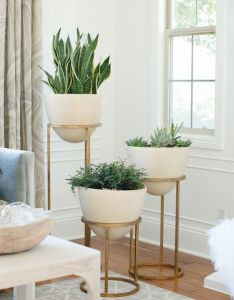 astuces pour decorer comme un designer modern plantersindoor planters indoor plant decorplants also decorating and designers rh za pinterest