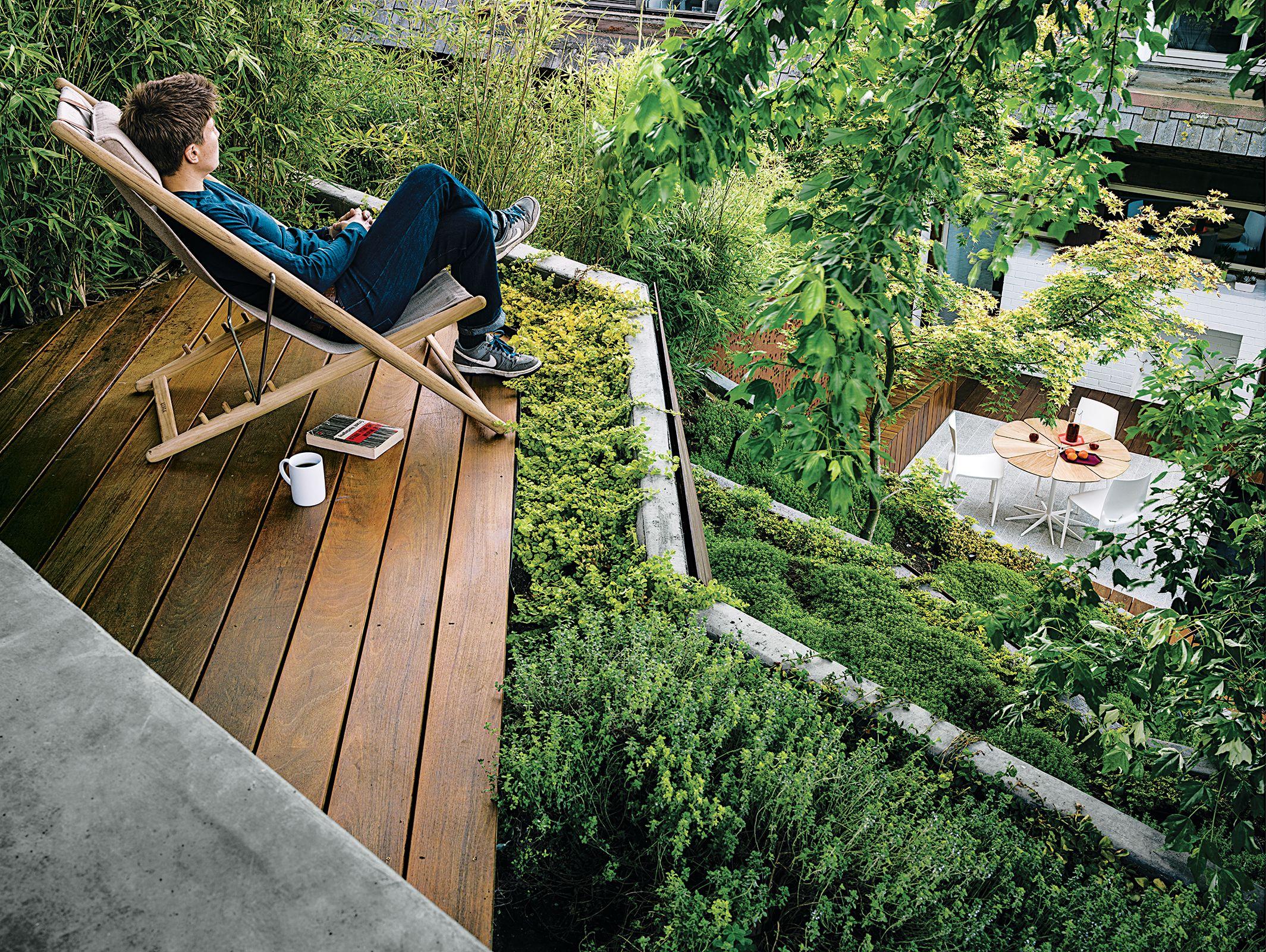 Outdoor Lifestyle Gardens Decks And Steep