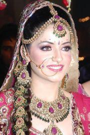 indian wedding hairstyle inspiration