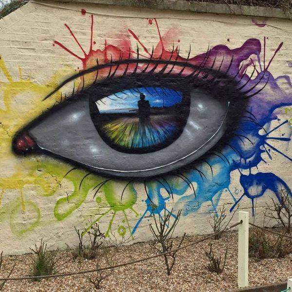Street Art Gazes Dog Sighs Graffiti