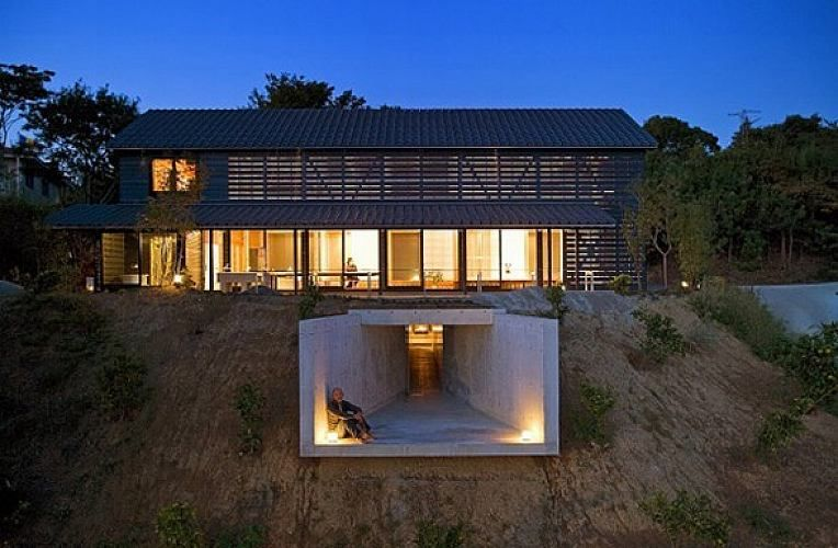 A Pole Barn Home With Earth Sheltered Elements A Unique Twist