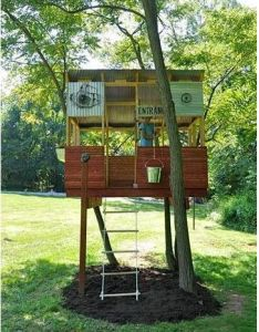 think this is the summer we should build  tree house for kids also rh pinterest
