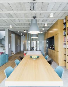 Raw minimalism laced with splashes of color house in sieros aw also rh pinterest