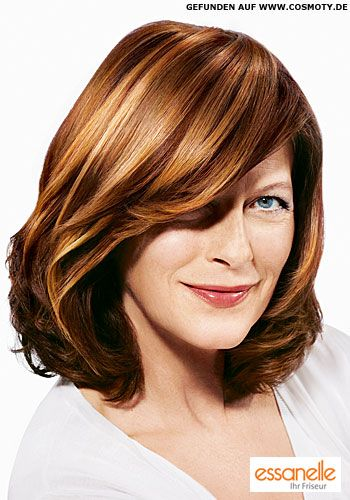 Schulterlange Haare Mit Tiefem Seitenscheitel 2009 Frisuren