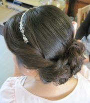 1920's inspired updo thebridalstylists