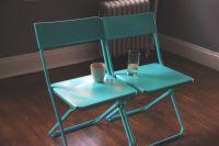 Ikea jeff chairs, spray painted blue. | artsy craftsy ...