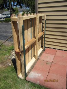 Pallet Fence Projects Serendipity And Sunshine Trash