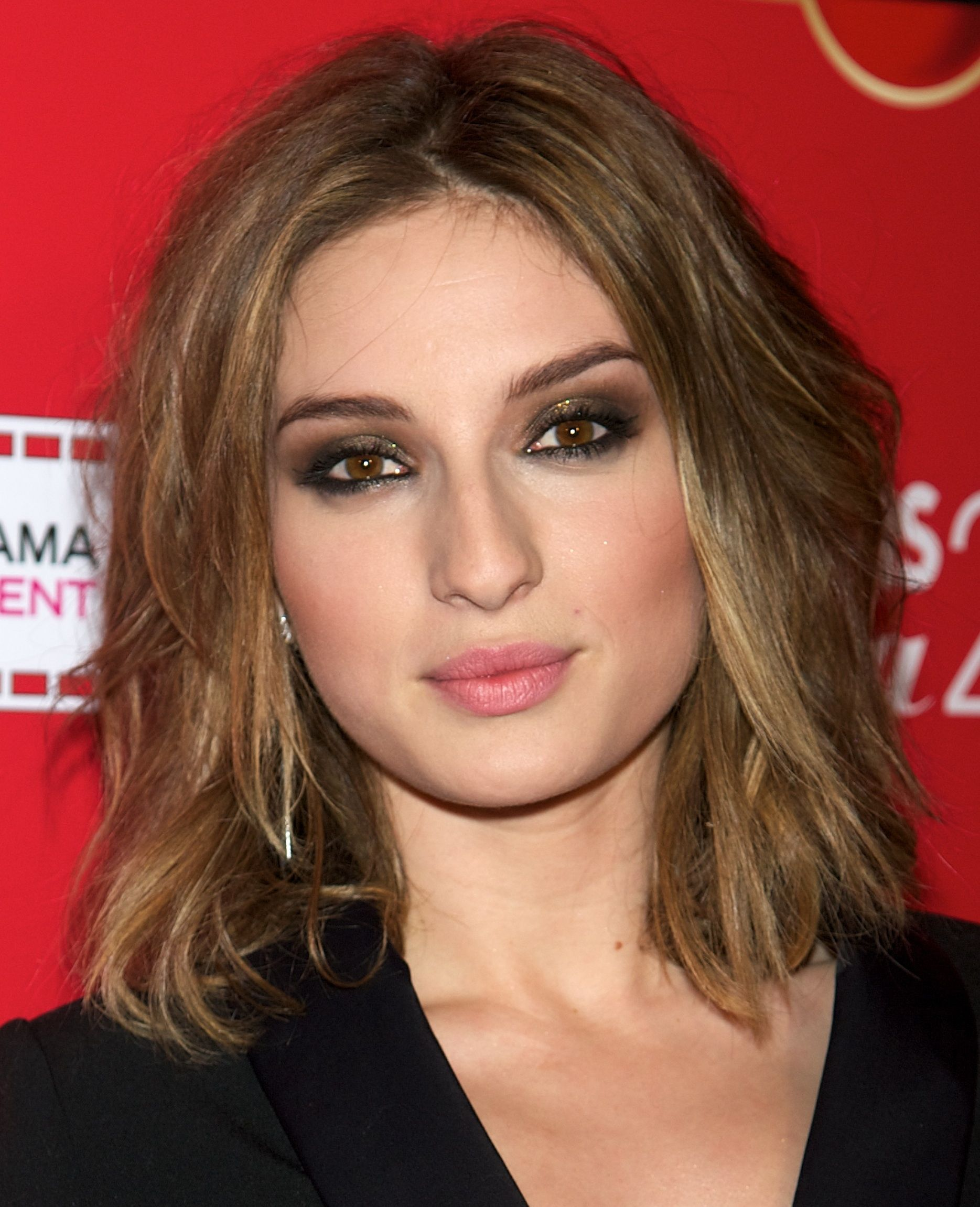 Awesome Hairstyles For Square Shaped Faces Smoky Eye Best