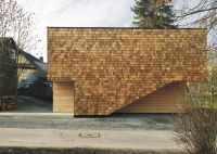 Youth centre extension by Bernd Zimmermann with wooden